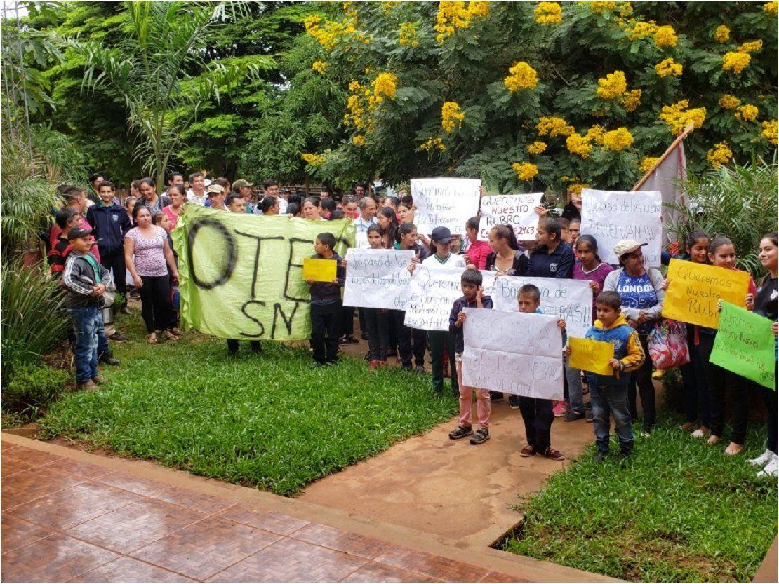 Alumnos, padres y sindicatos exigen rubros docentes en Curuguaty