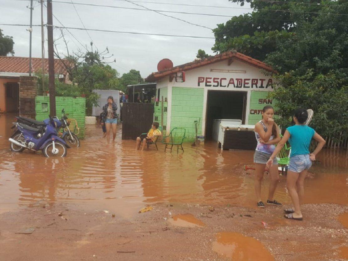 Concepción: Familias del barrio San Antonio amanecieron bajo agua