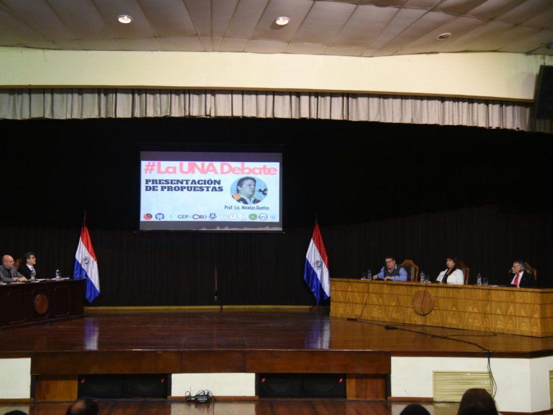 Candidatos a rector de la UNA expusieron sus ideas durante debate