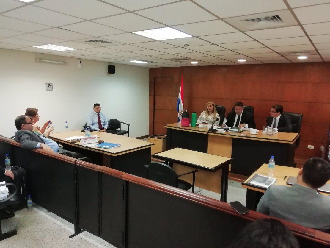 Noyme Yore fue condenada por usurpación de funciones públicas
