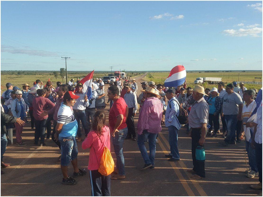 Pobladores de Paso Barreto salen a la ruta cansados del aislamiento