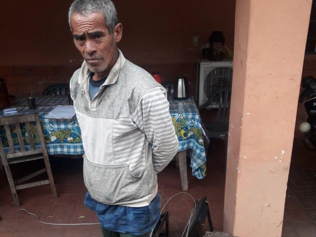 Villarrica: Acabó detenido por llevar una placa de homenaje a la ciudad