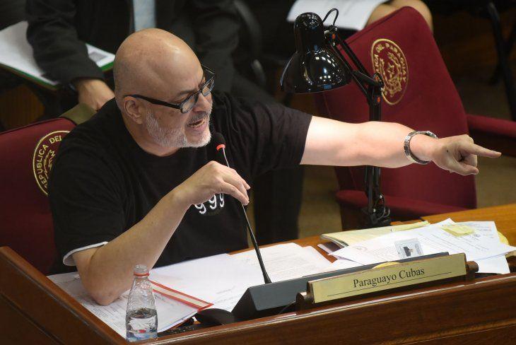Paraguayo Cubas expulsado de la camara de diputados