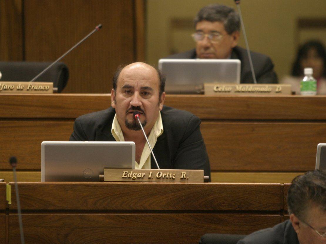 Diputado Ortiz pide anular juicio político contra ministro Garay Zuccolillo
