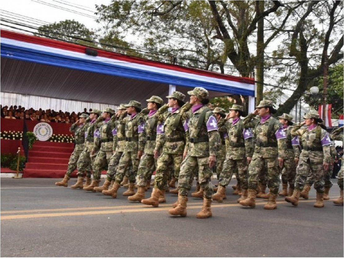 Presentan proyecto para protección de mujeres militares en embarazo o lactancia