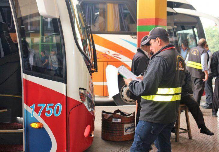 Los servicios de buses de corta