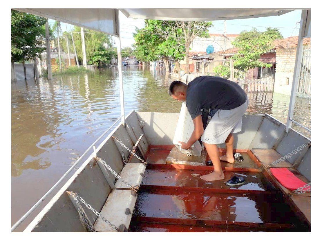 La odisea de recuperar pertenencias tras inundación en Sajonia