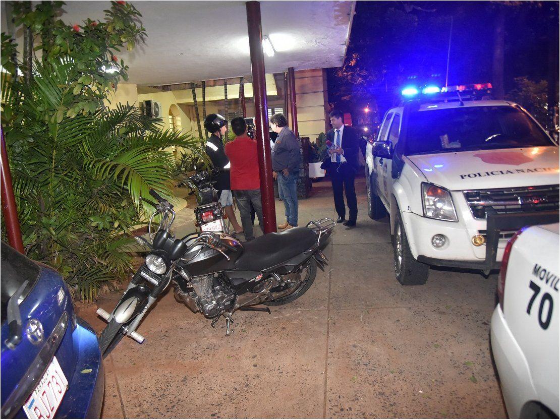 Joven enfrenta a banda de motoasalantes en Asunción