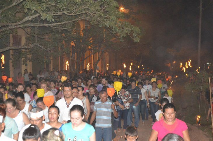 Los miles de feligreses coparon las calles de Concepción.