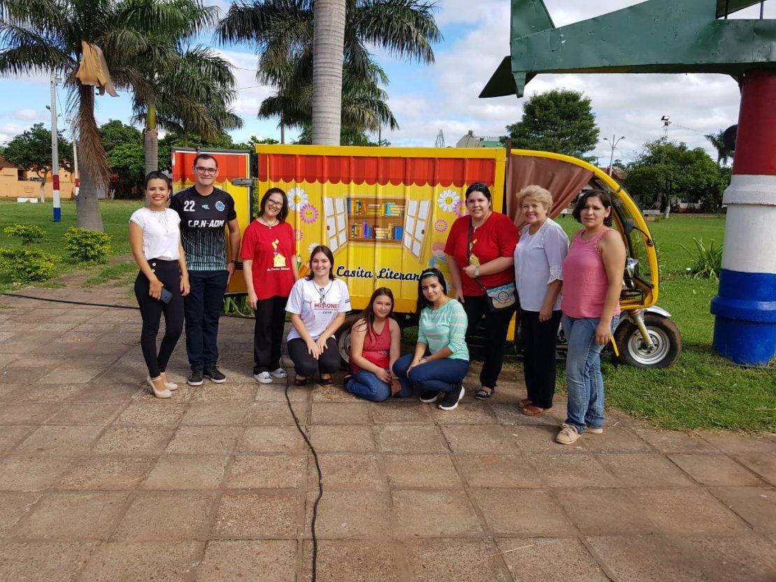 Familia de Concepción lanza biblioteca móvil