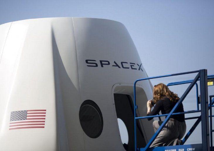SpaceX lanza los primeros satélites para su ambiciosa red de internet