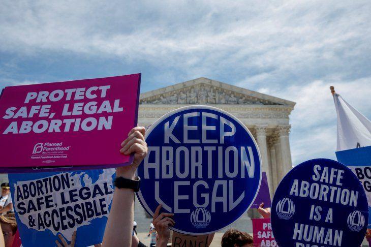 Netflix dejaría de invertir en Georgia si se aplica ley anti aborto