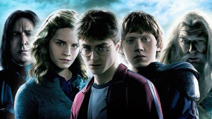 Vuelven los hechizos: JK Rowling lanzará 4 nuevos libros sobre Harry Potter