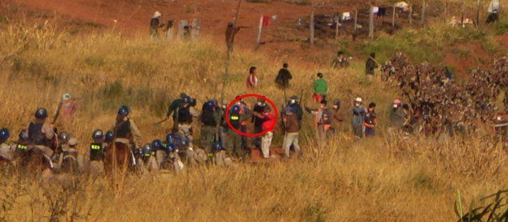 Masacre. Minutos después del  enfrentamiento entre campesinos y policías en tierras conocidas como Marina Cué.