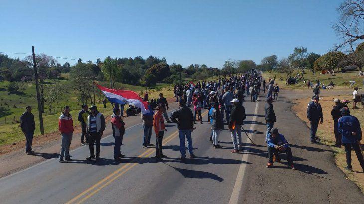 Los productores también están manifestándose en Caaguazú.