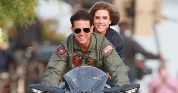 Tom Cruise y Jennifer Connelly en una escena clave de la secuela de Top Gun.