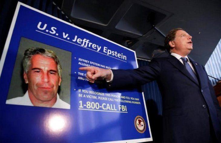Multimillonario norteamericano fue encontrado herido en su celda — Jeffrey Epstein