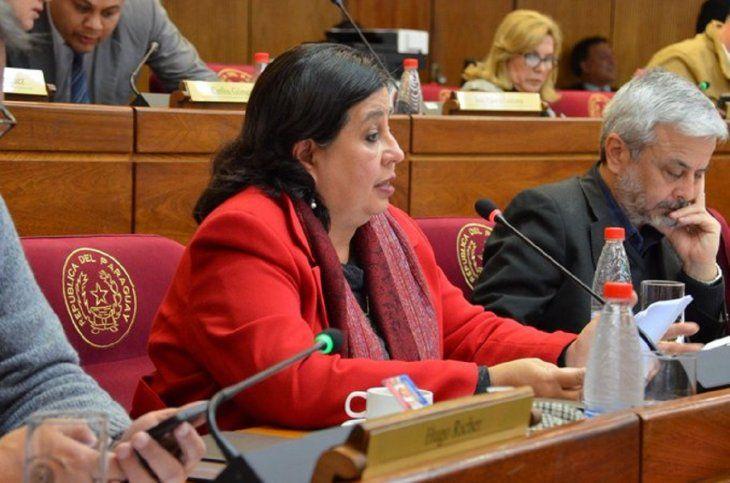 La senadora Esperanza Martínez es una de las referentes en la agrupación política del Frente Guasu.