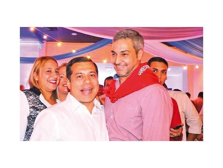 Afinidad. Félix Sosa (izq.) participó en actos políticos junto a Mario Abdo Benítez.