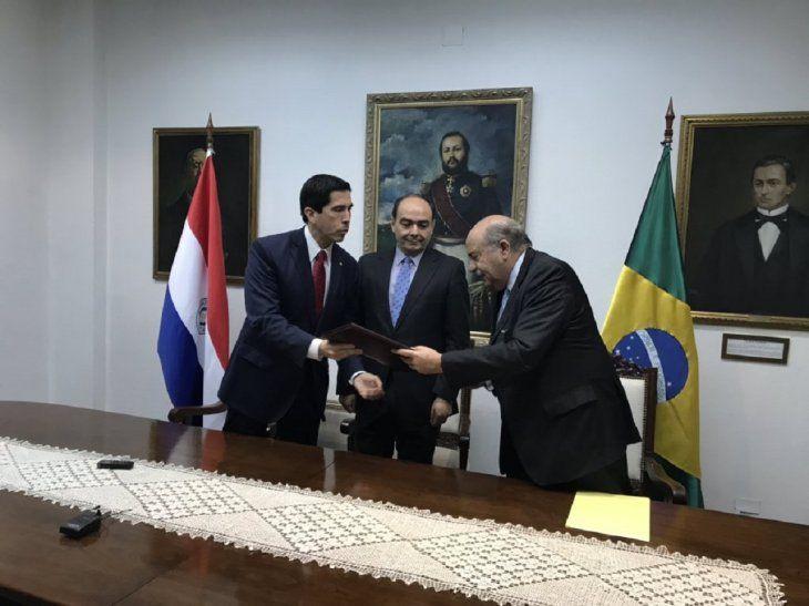 El acto de la firma se realizó en la sede de Cancillería