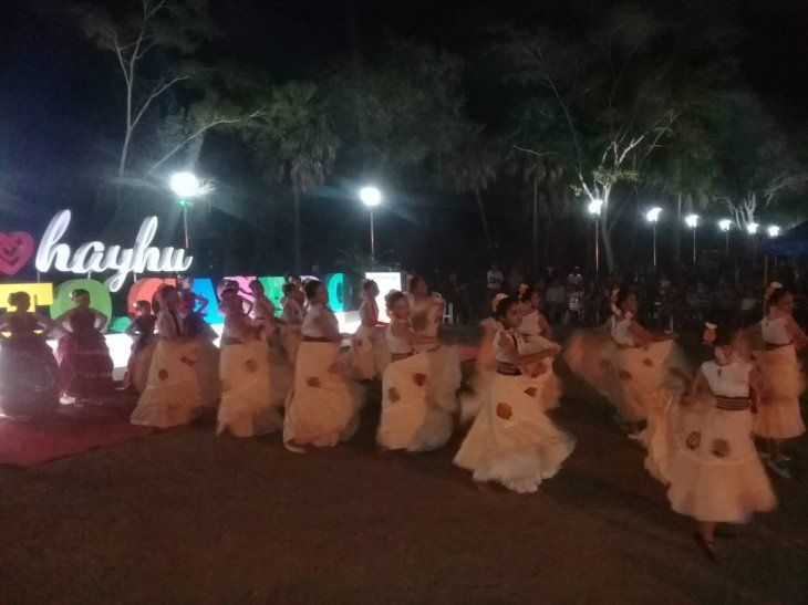 Puerto Casado recibió con una serenata el aniversario 130 de fundación.
