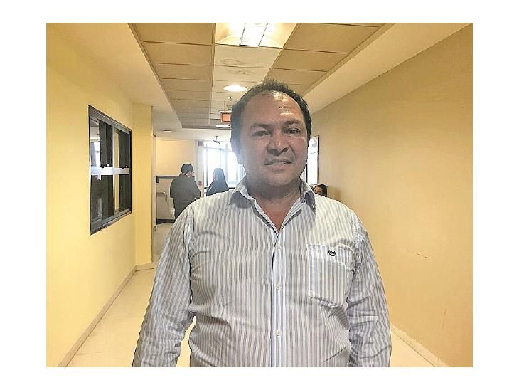 En la mira. El intendente Fernández estuvo por Diputados.