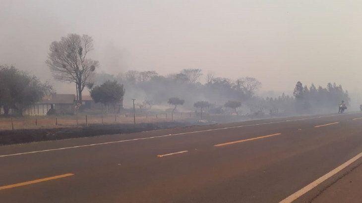Una intensa humareda se observa en la zona de la Reserva del Mbaracayú