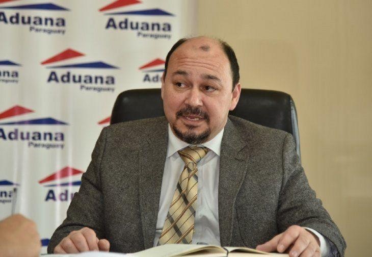 El director de Aduanas