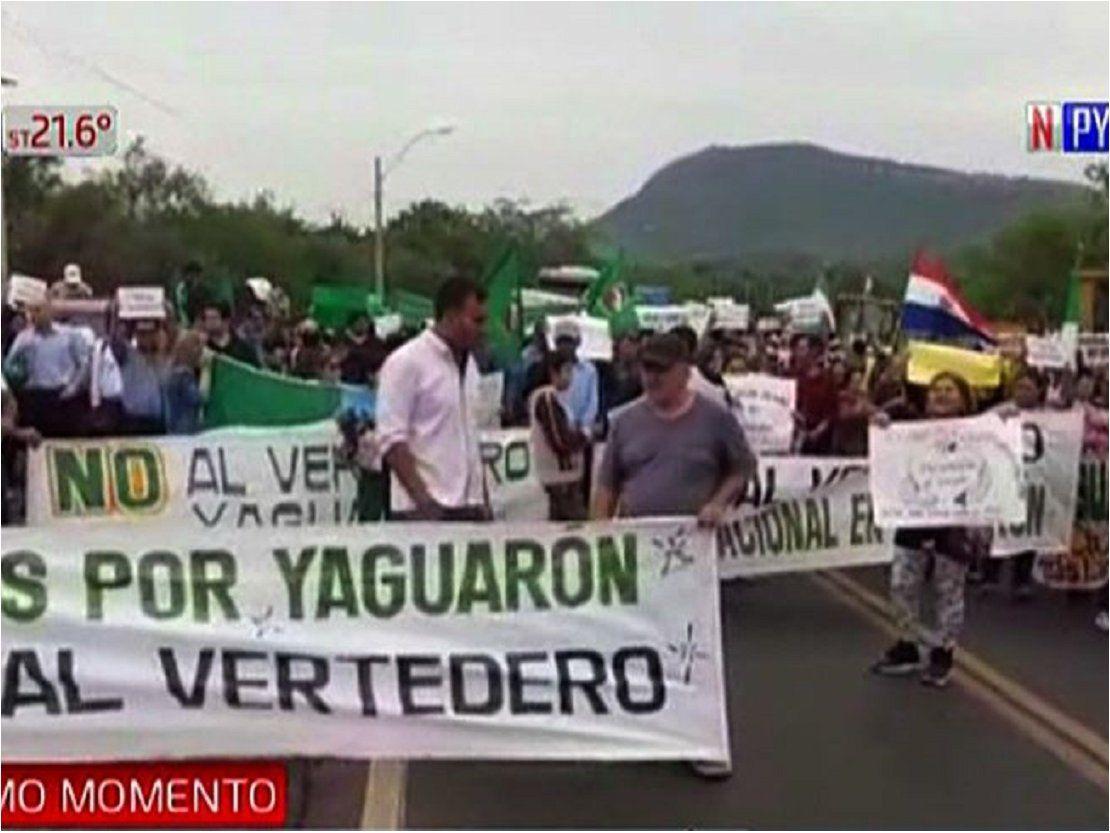 Pobladores cierran ruta en rechazo a instalación de vertedero - ÚltimaHora.com