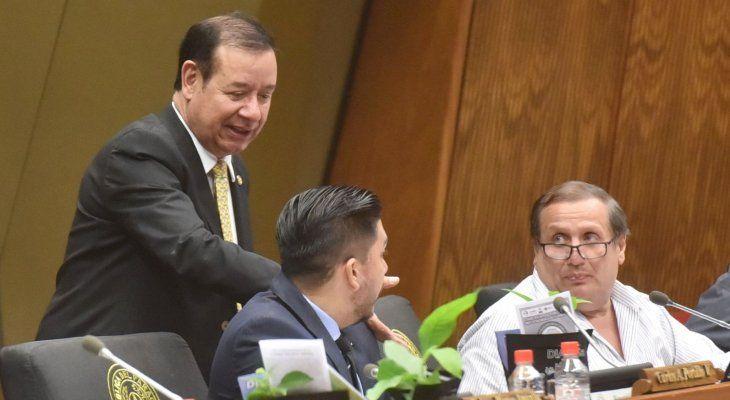 Con el rechazo se allana el camino para que funcionarios contratados por Miguel Cuevas perciban sus salarios y aguinaldos.