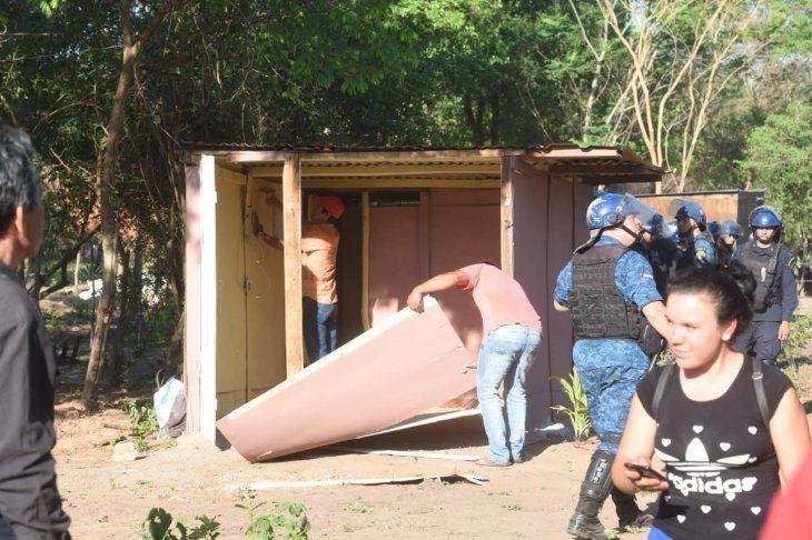 Al menos 1.000 familias se instalaron en un predio en la ciudad de Luque.