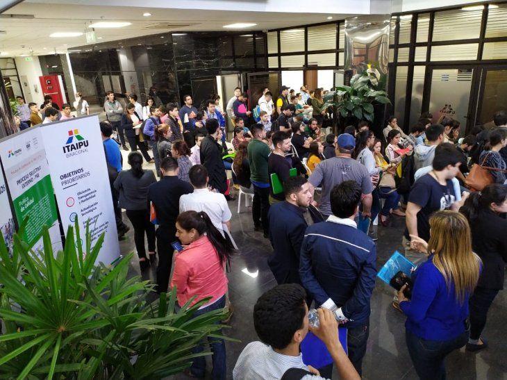 Más de 5.000 jóvenes concursarán para acceder a los cargos vacantes en Itaipú.