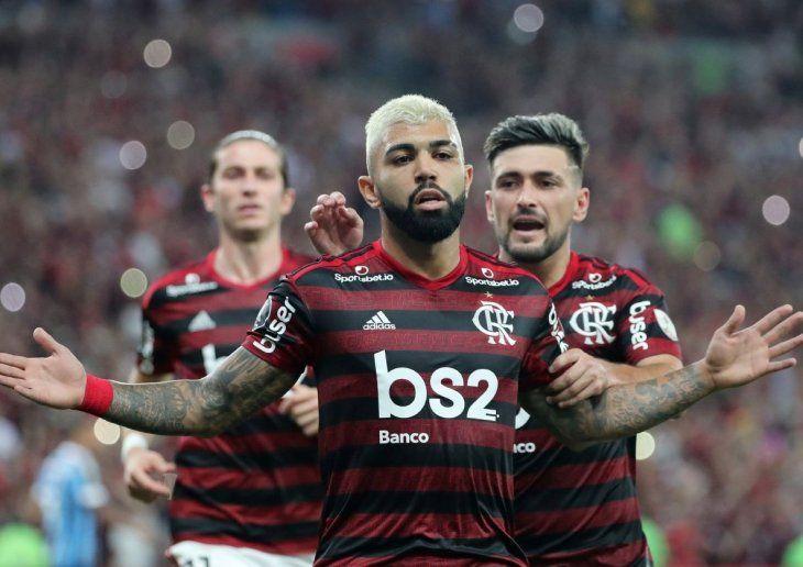 Indomable. Gabigol y los suyos celebran uno de los tantos de la aplastante goleada del Flamengo.
