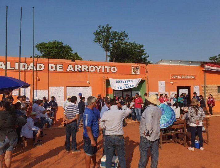 Los pobladores del municipio de Arroyito celebraron la aprobación de intervención.