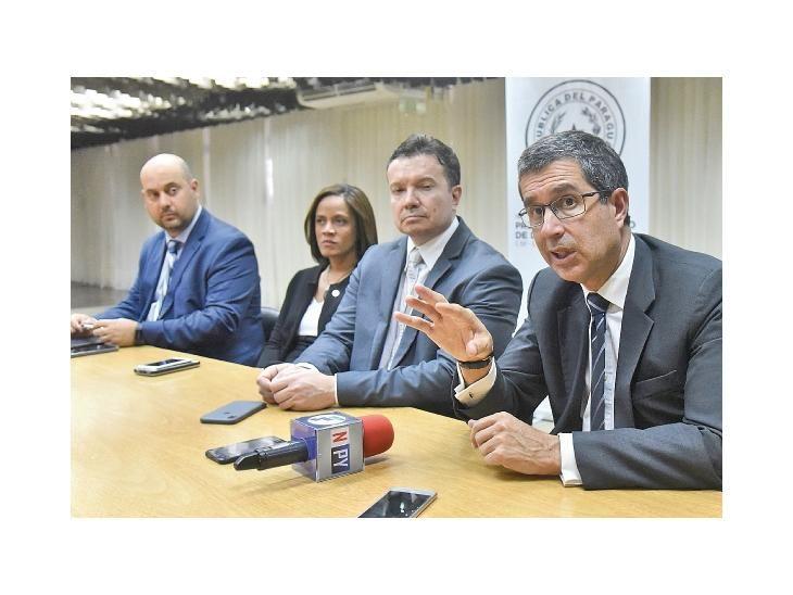 Cierre. La misión de preevaluación de Gafilat cerró la jornada con  conferencia de prensa.