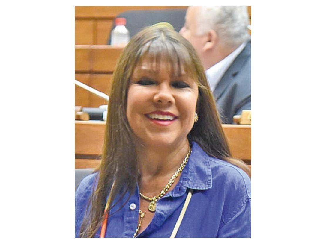 Los diputados liberales Édgar Ortiz y Celeste Amarilla se lanzan amenazas - ÚltimaHora.com