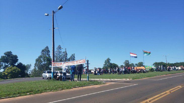 Los campesinos se movilizaron este lunes en la rotonda Yasy Cañy
