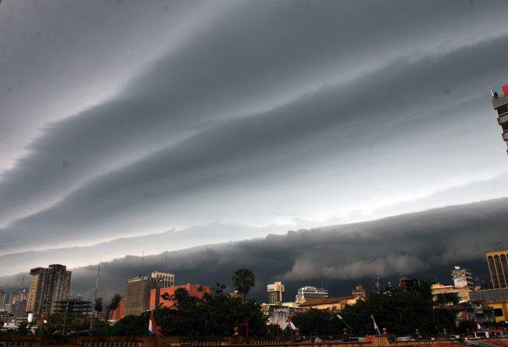 La Dirección de Meteorología anunció tormentas para este lunes.