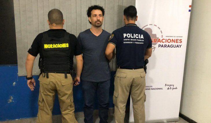 El tercer expulsado fue identificado como Venancio Antonio Lonczynski, de 41 años.