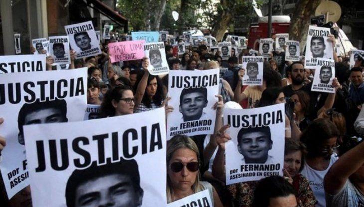 Fiscalía pide elevar a juicio a jóvenes involucrados en asesinato de Fernando  Báez | Fernando Báez Sosa, Argentina