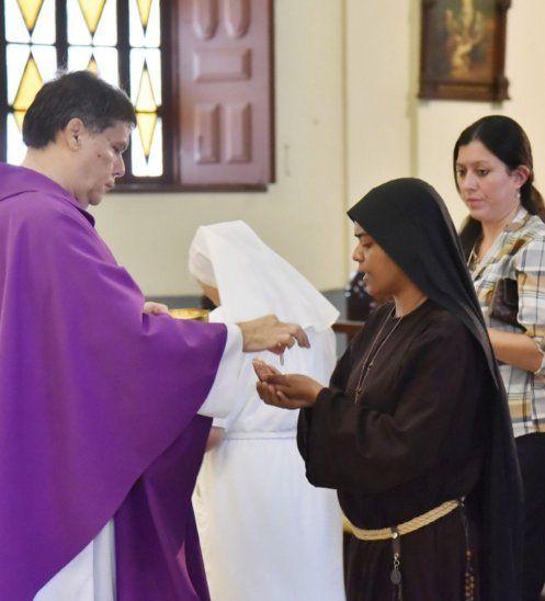 La Conferencia Episcopal recomienda seguir las misas por televisión para evitar contagios
