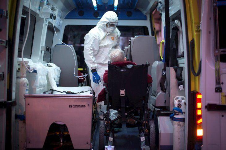 España registró 832 muertes por coronavirus en las últimas 24 horas