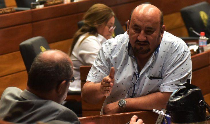 Prepotencia. Édgar Ortiz atropelló una barrera sanitaria durante un viaje a su casa en Itapúa cuando está prohibido circular.