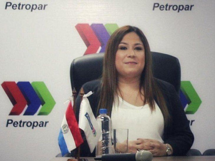 Patricia Samudio había renunciado a su cargo por una compra irregular.