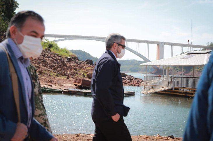 Mario Abdo Benítez realizó esta semana una visita al Este del país y estuvo por la zona del Puente de la Amistad