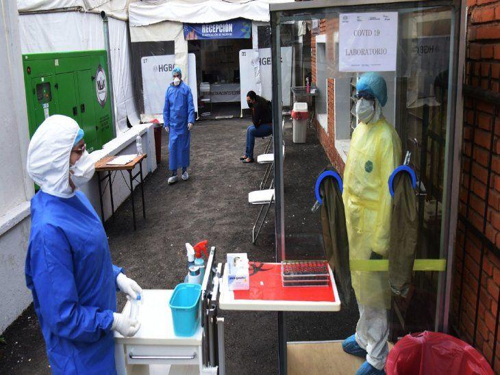 Test de Covid.   Hospital de Barrio Obrero realiza la toma de muestras a quienes demanden  por alguna sospecha.