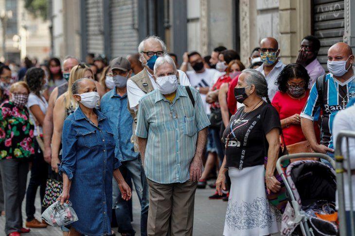 En Brasil ahora asciende a 72.833 el número total de fallecidos por Covid-19.