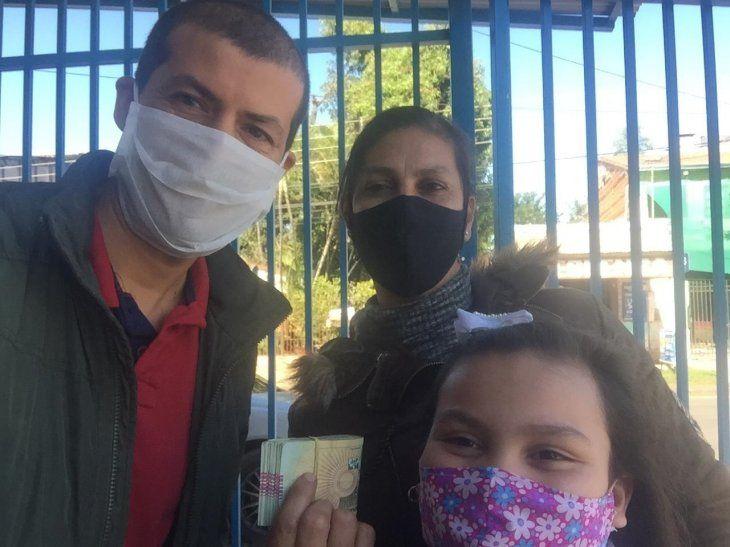 Héctor Vera devolvió los G. 5 millones que se le habían caído a María Florencia Cabrera en la vía pública de San Lorenzo.
