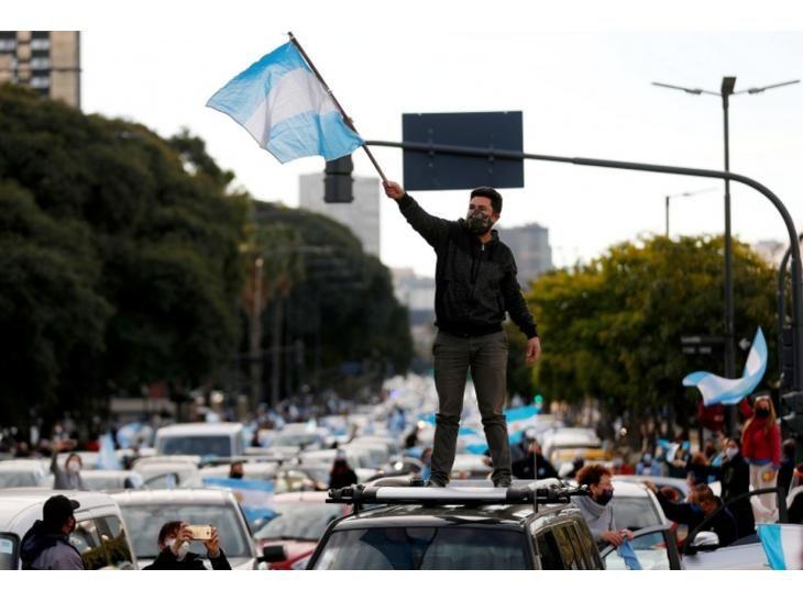 Malestar. El pueblo siente el efecto de la crisis económica.