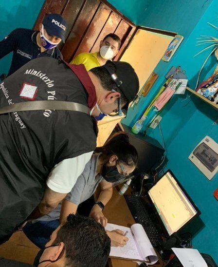 El allanamiento fue encabezado por el fiscal Juan Manuel Ledesma.